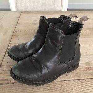 Other - Kids sz 10 Burberry Chelsea boots